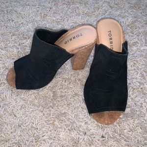 Black Mules with cork heel